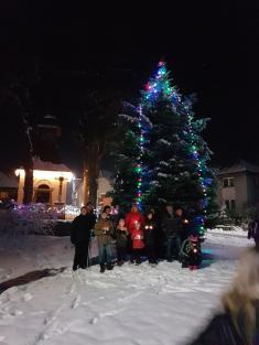 Rozsvícení vánočního stromu v Novém Telečkově