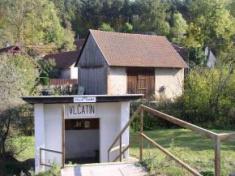 Vlčatín - železniční zastávka